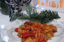 Magiczne Święta! Blogmas nr 4 :) Przepis na słodko- kwaśne śledzie wigilijne :)